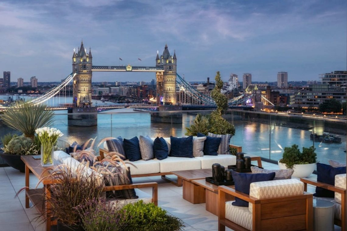 Riverside Penthouse in London 01