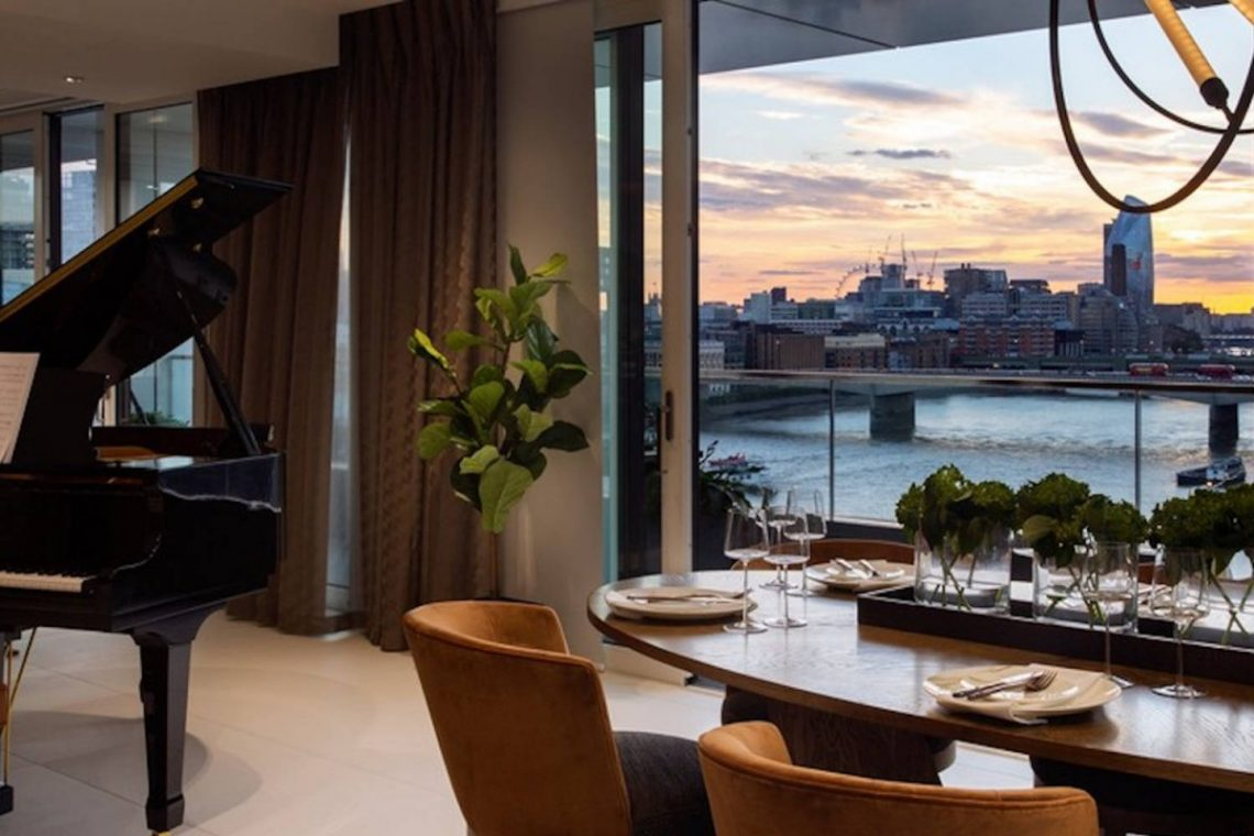 Riverside Penthouse in London 03