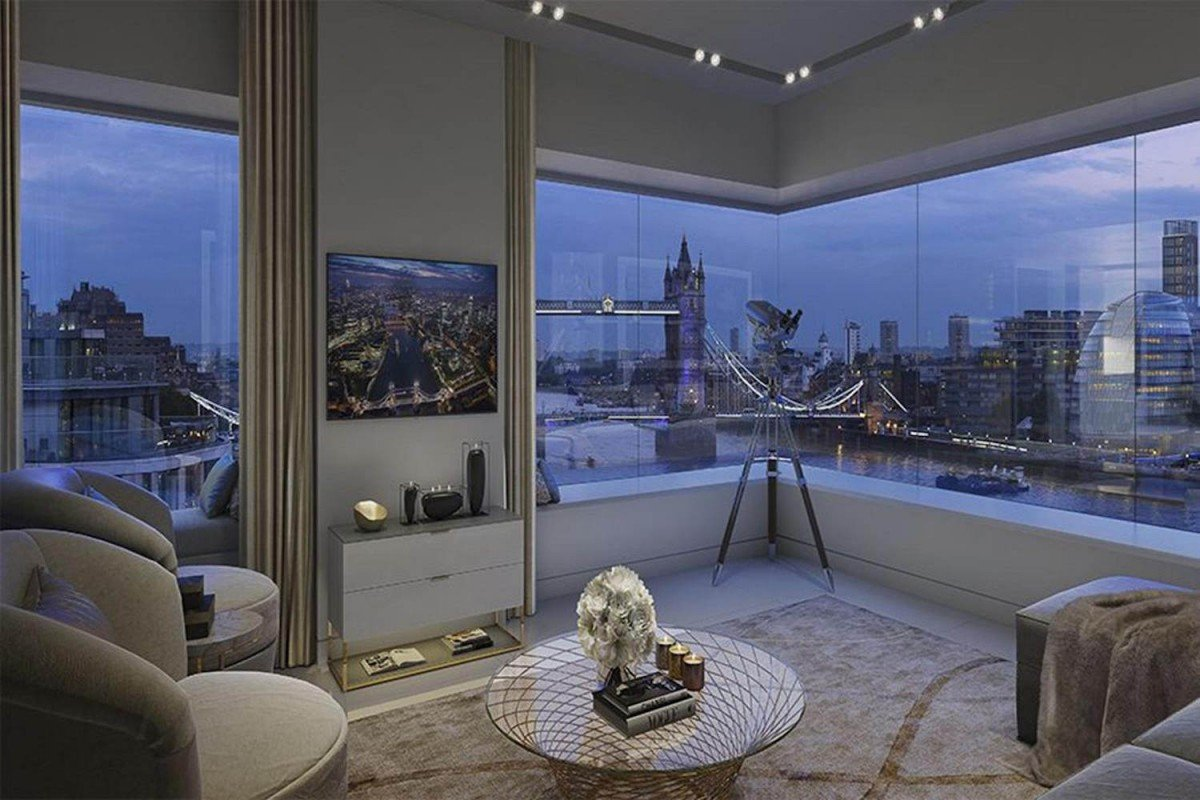Riverside Penthouse in London with Thames views