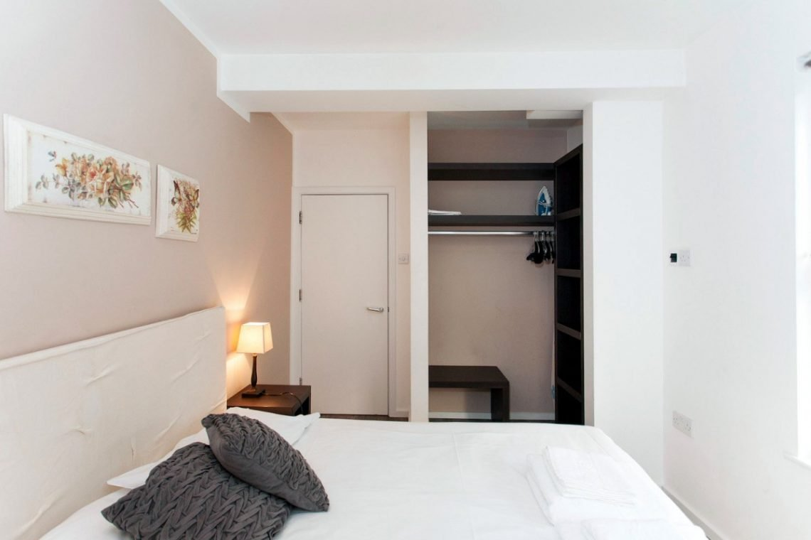 Royal Court apartment 05