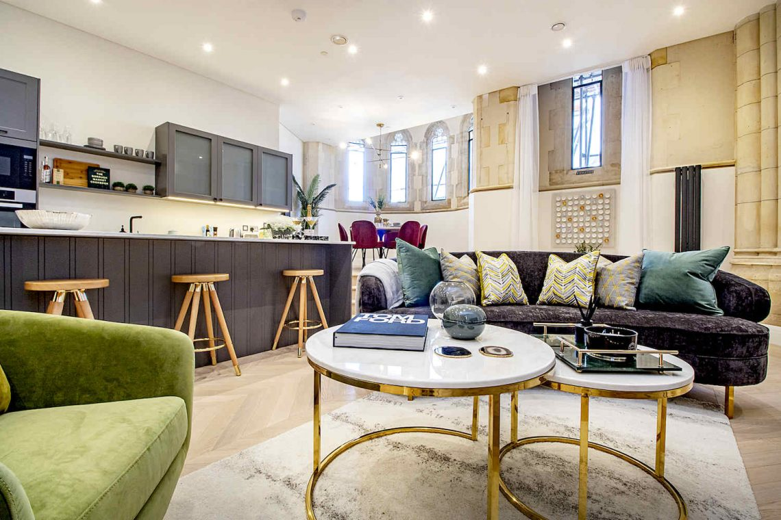 House for sale in North London 06