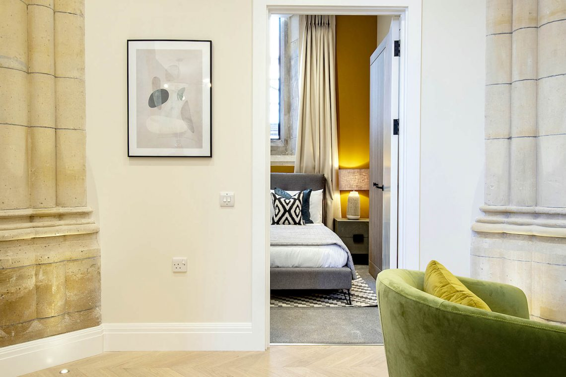 Flat for sale in North London 08