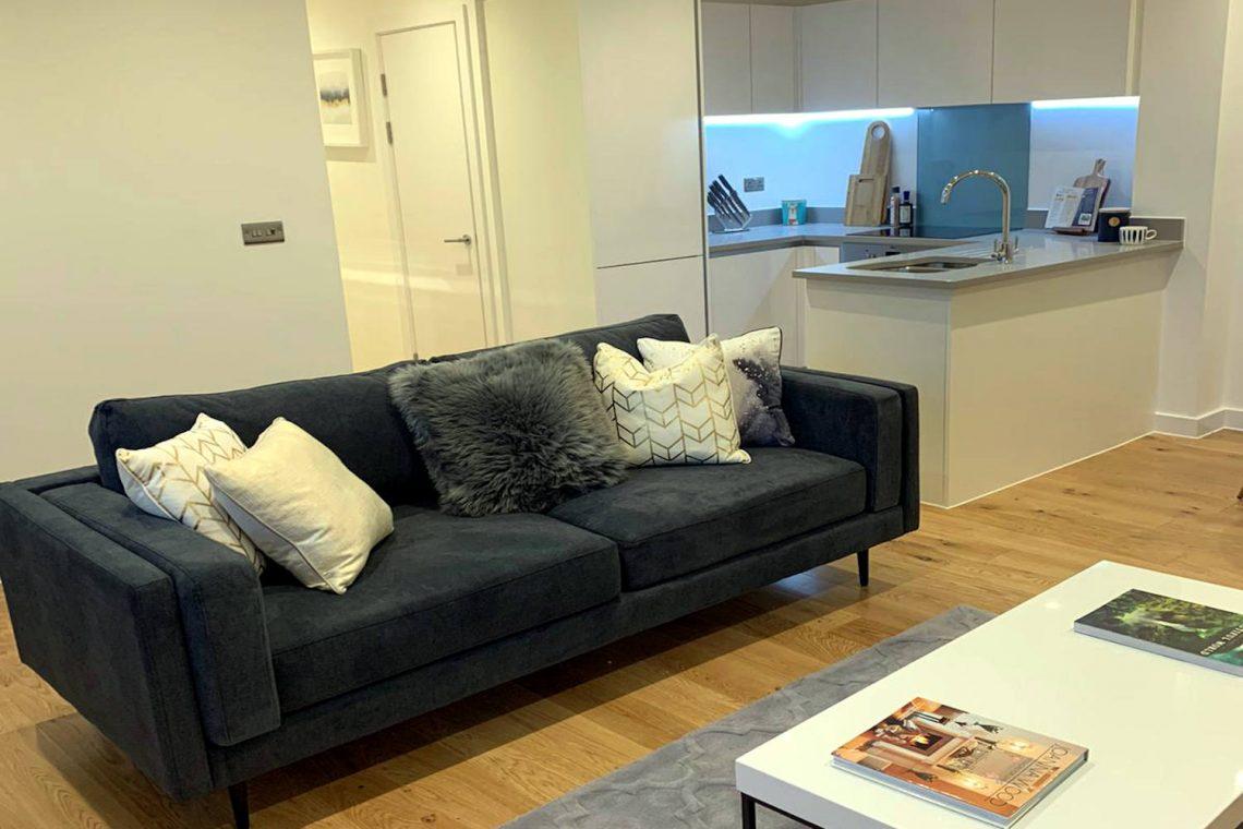 apartment in Uxbridge for sale 17